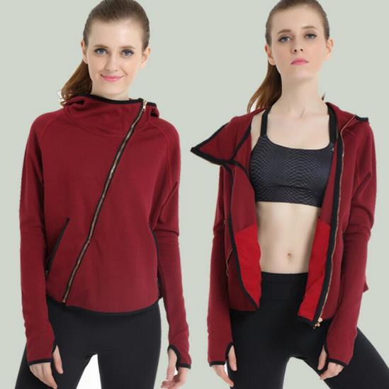 2016 Spring New Arrival Sports Jacket With Cape For Women Outdoor Hooded Thin Windbreaker Trench Coat Design Zipper