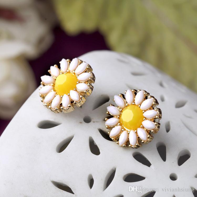 Ziemlich Frische Dame Schmuck gelbe Blume Daisy Mädchen-Bolzen-Ohrringe