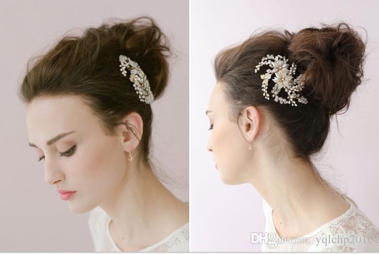 Golden comb, bride hair accessories, handmade pearl dress accessories, bridal handmade headwear.