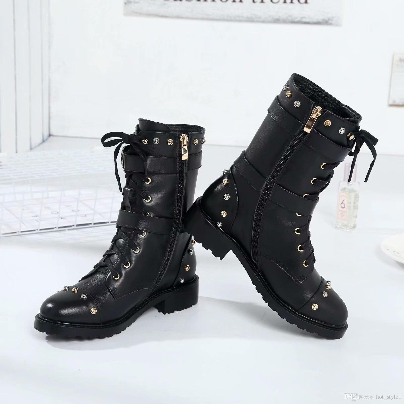 Autumn Winter Woman New Style Real Leather Martin Boots Ladies Metal Buckle Side Zipper Lace Up Knight Boots Femal Color Rivet Metal Flower
