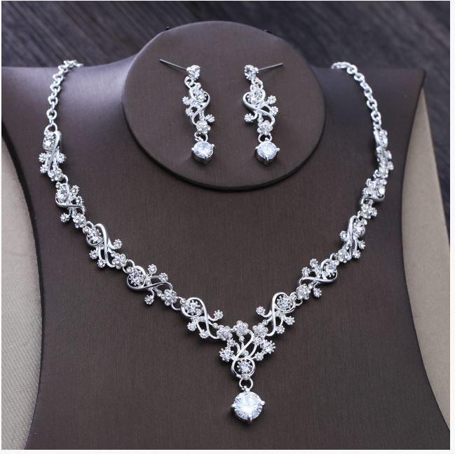 Yeni Kore tarzı gelinlik aksesuarları, Düğün Kolye gelinlik aksesuarları, gelin düğün elmas matkap zincir setleri.