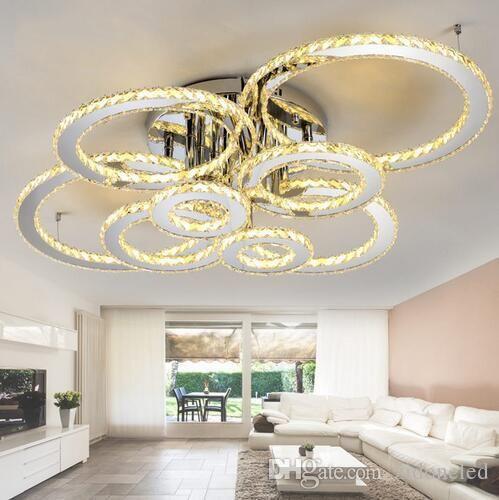 Les plafonniers en cristal menés modernes allument des lustres ronds au plafond 4/6/8 anneaux pour le luminaire d'intérieur de salon clair en cristal ambré
