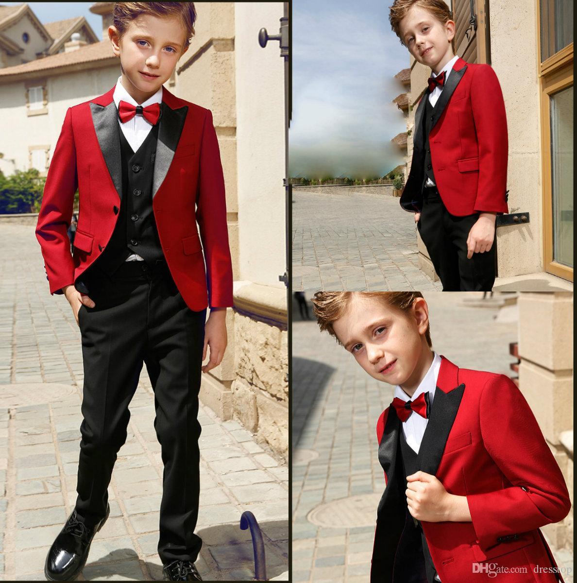 Akıllı Gençler Smokin Custom Made Boys Parti Resmi Pantolon Takım Elbise Takımları Düğün Damat Smokin Boys Için (Ceket + Pantolon + Yelek + Papyon)