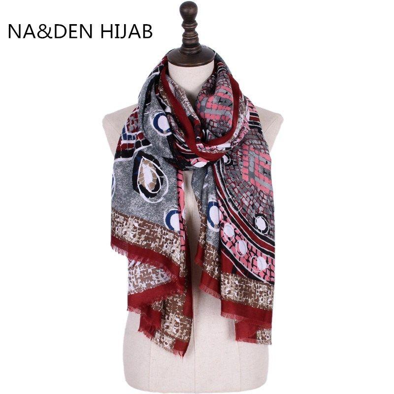 2018 9 teile / los winter Muslimischen hijab frauen warme sacr wraps mode schal hohe menge viskose kreis druck bandana schnelles verschiffen