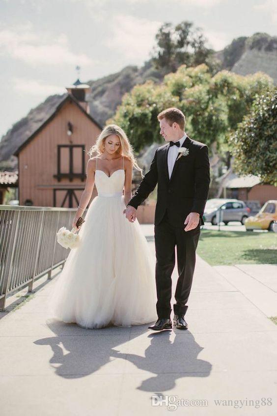 2018 vintage avorio senza spalline tulle scollo a cuore abiti da sposa lunghi lunghezza del pavimento backless beach abiti da sposa