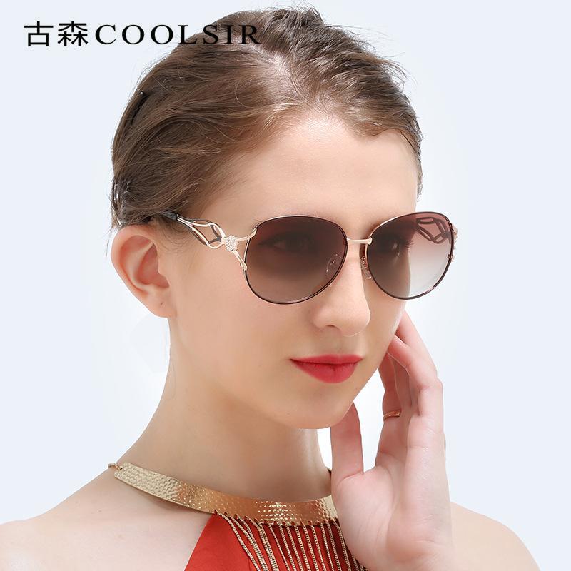 Óculos de sol polarizados desproporcionados clássicos das máscaras para a autenticação do FDA da proteção 100% UV400 das mulheres