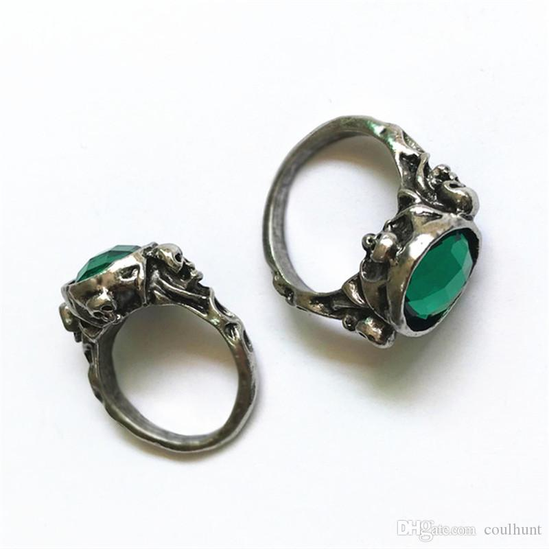 Movie Jewelry Captain Jack Sparrow Rings Of Death Finches Skull Skeleton Ring Green Crystal Stone Finger Ring Dropshipping