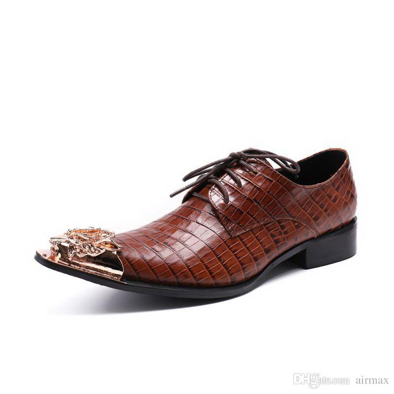 Мужчины Коричневое Платье Обувь Дизайнер Острым Носом Крокодил Шаблон Металлический Шарм Зашнуровать Кожаные Ботинки Человек Досуг Партии Показать Обуви