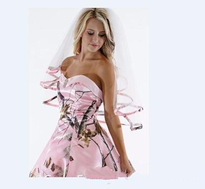 Real Images Elegant Camo Short Bridal Veils Elbow Length Pink Camo Ribbon Edge Wedding Veils Hair Pieces For Brides Custom Made 2019