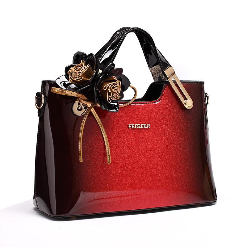 2018 new luxury handbag women bag designer high quality patent leather handbags famous brand evening party clutch messenger tote Y18102504
