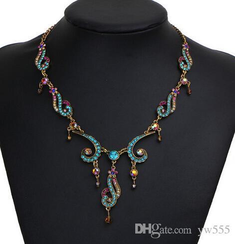 Collar de la declaración de la flor de la borla de la vendimia para las mujeres 2018 Collar de la nueva colgante de cristal colorido de la joyería étnica Maxi