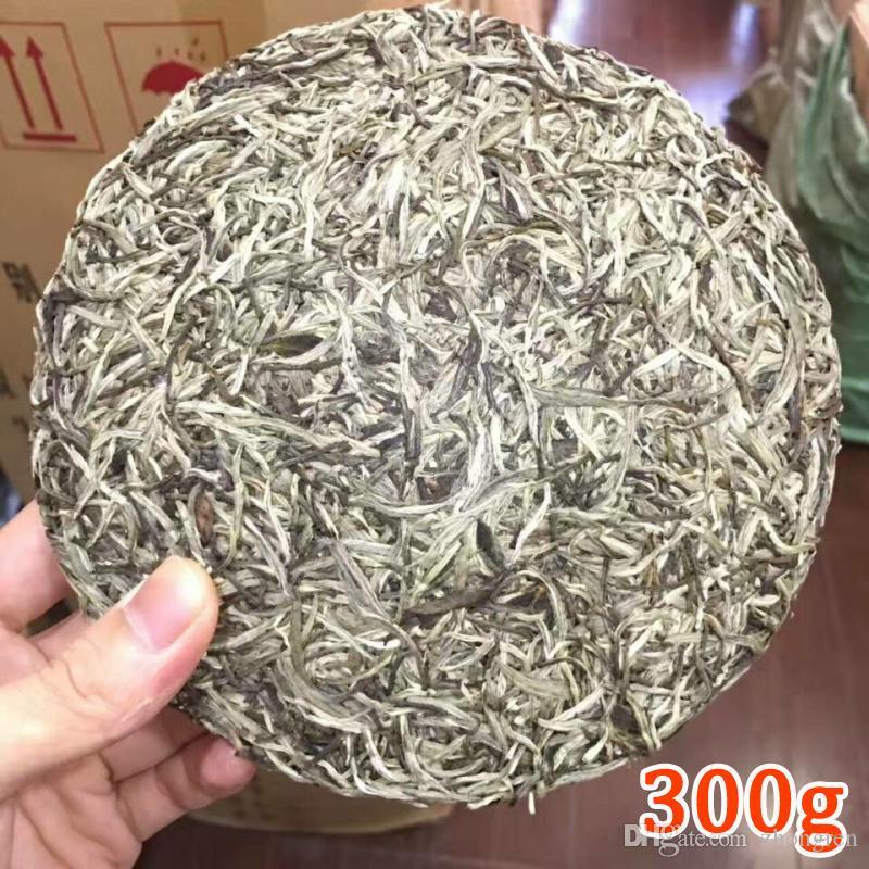 300g Chinois Fujian Vieux Gâteau Au Thé Blanc Fuding Naturel Organique Thé Blanc Aiguille D'argent Bai Hao Yin Zhen Thé Fuding Thé Blanc + Gratuit D