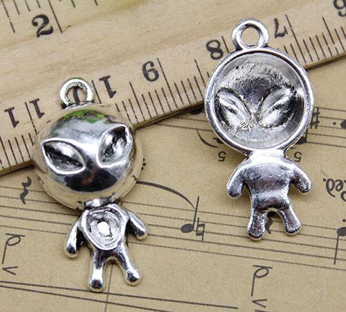 4~50pcs Retro Jewelry Making DIY Cute Aliens Alloy Charm Pendants  31*15mm