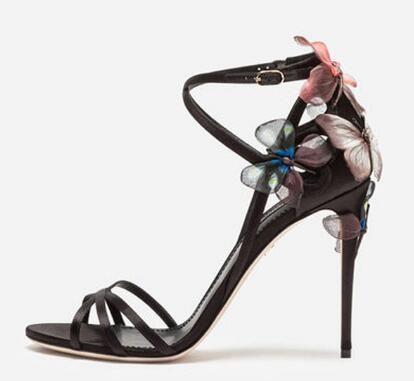 2018 أحدث فراشة الحرير المصارع الصنادل الفاخرة المرأة المفتوحة تو الصليب الشريط أحذية عالية الكعب امرأة أحذية الزفاف