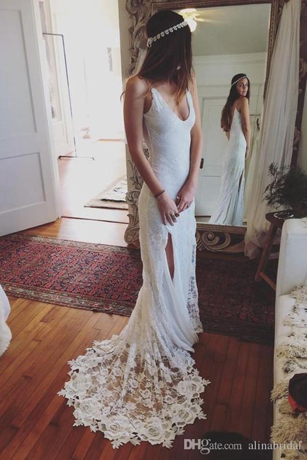 2018 blanc simple dentelle robes de mariée sirène profonde v-cou bracelet bouton robes de mariée robes de mariée train robes de mariée robe de mariée