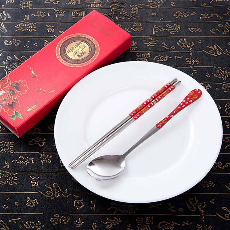 Portatile creativo in acciaio inox coreano bacchette cucchiaio personalizzato modelli di incisione laser bastoni regalo dei bambini dei cartoni animati
