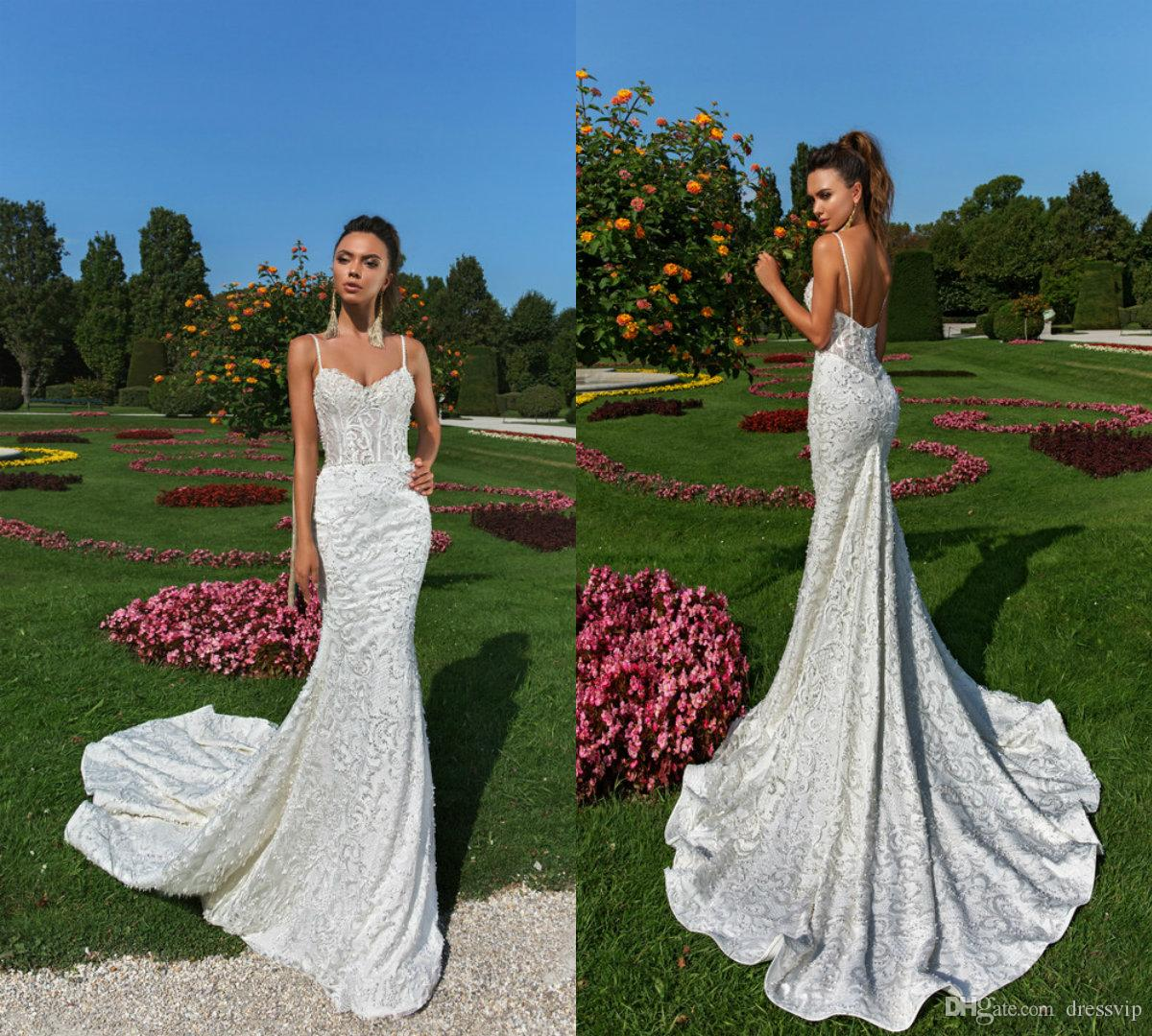 Abiti da sposa sexy a sirena Spaghetti in pizzo Appliques in rilievo Sweep Train Backless Country Garden Abiti da sposa Abito da sposa taglie forti