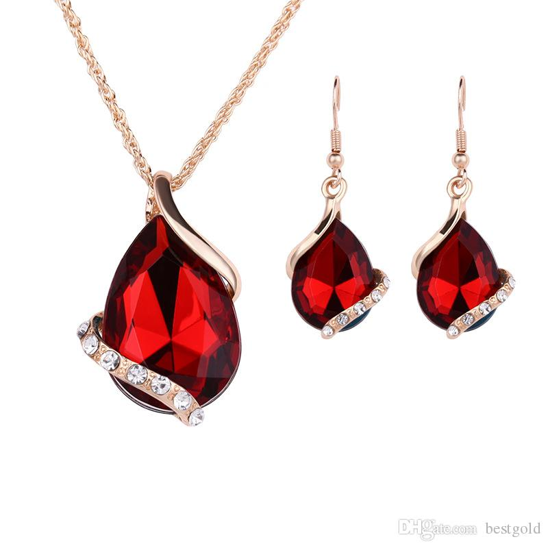 Elegante joyería chapado en oro collar conjunto moda celta diamante boda nupcial traje de joyería establece partido rubí Jewelrys (collar + pendientes)