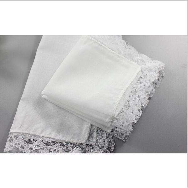 Ücretsiz Kargo 15pcs 18cm * 20cm Toptan Kişiselleştirilmiş Beyaz Dantel Mendil Katı Kadın Düğün Hediyeleri Kareler Pamuk Mendiller