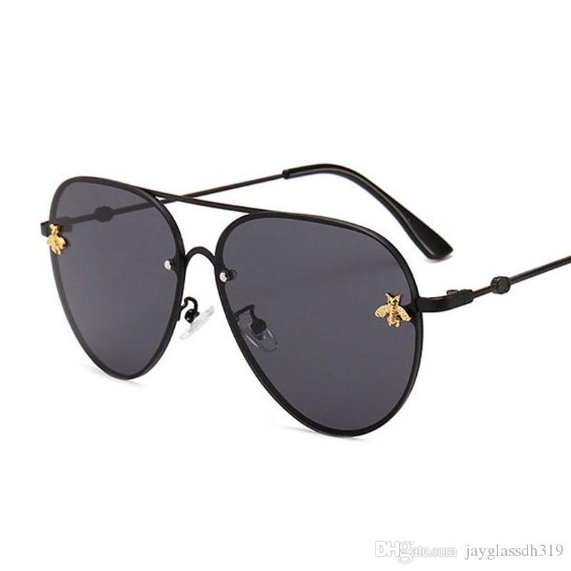2021 العلامة التجارية تصميم النظارات الشمسية النساء الرجال العلامة التجارية مصمم نوعية جيدة الأزياء المعادن المتضخم نظارات شمسية خمر أنثى الذكور UV400.