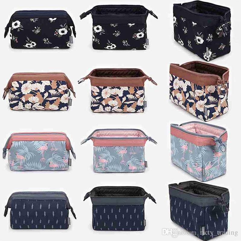 2018 Fashion Polyester Multifunctional Women Flamingo Zipper Cosmetic Bag Portable Storage Travel High Quality Makeup Bag Toiletry Kits