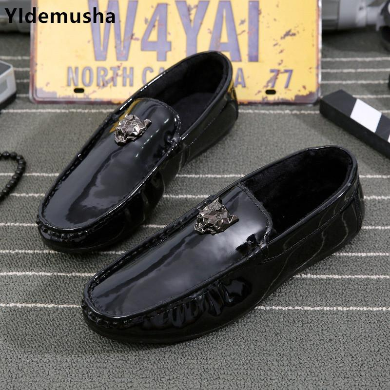 YIdemusha Slip on Men Casual Mocassins En Cuir PU Slip on Male Mocassins En Cuir Chaussures De Course Black Man Mode Appartements Baskets