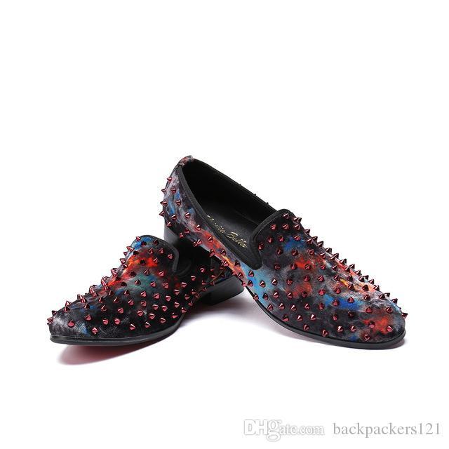 Рок Мужчины Обувь Кожа Повседневная Мужчины Мокасины Итальянская Квартиры Заклепки Шипы партии Мужская обувь