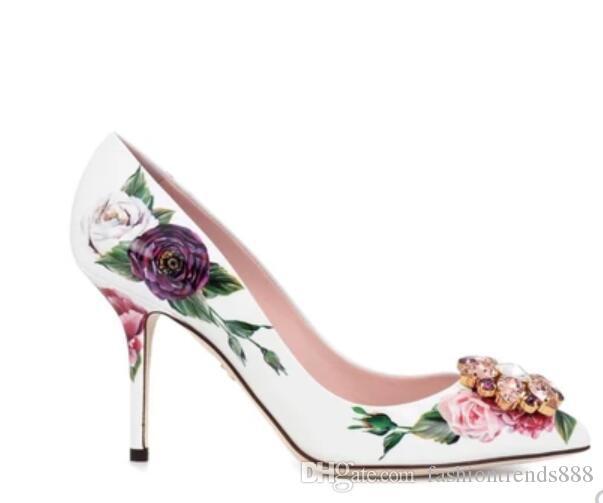 2018 Novas mulheres flor de salto alto bombas de salto fino branco sapatos de festa strass flores bombas vestido sapatos de casamento sapatos de diamante