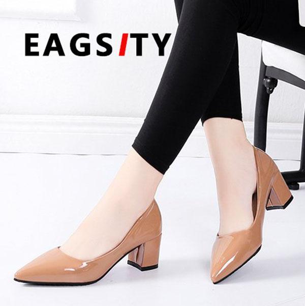 베이지 색 신발 여성 신발 블록 발 뒤꿈치 뾰족한 발가락 결혼식 파티 춤 작업 사무실 숙녀 드레스 신발