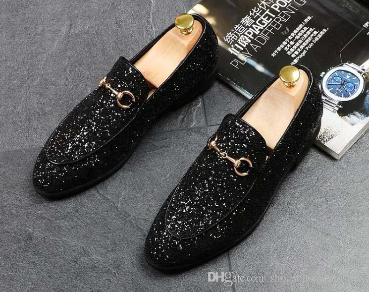 Lujo más nuevos hombres de moda lentejuelas brillo metal hebilla puntiagudos zapatos de hombre zapatos formales de oro para el regreso a casa de negocios de boda regalo de Navidad