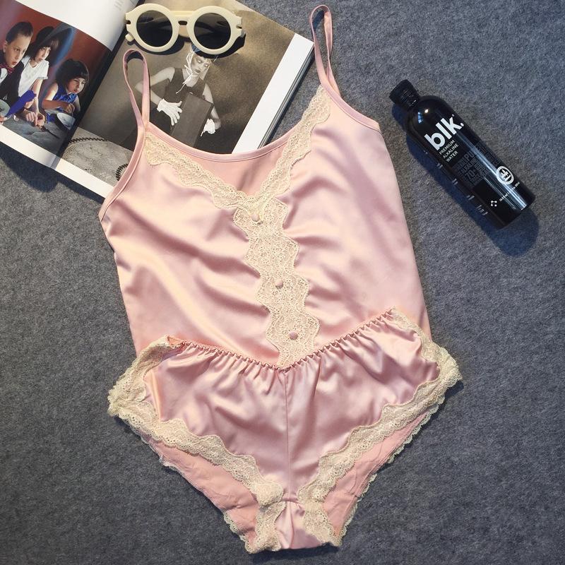 Grande Marca de Luxo Imitação de Cetim Mulheres Conjunto de Pijama Curto Sexy Rendas Pijamas Terno De Seda Fina Quente Mulheres Desgaste Da Noite Roupas S1015