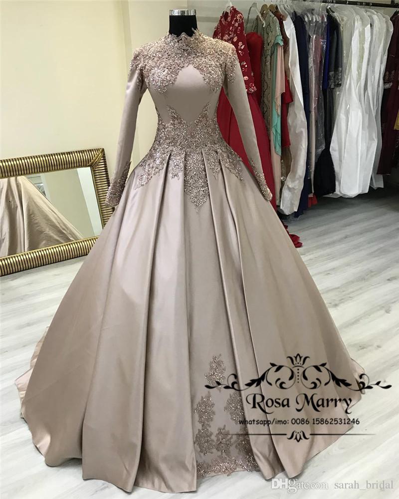 Princesa Muslim Vestidos de noche islámicos 2020 Bola Bola Mangas de cuello alto Mangas largas Vintage Encaje con lentejuelas con lentejuelas Plus Tamaño Árabe Formal Bata