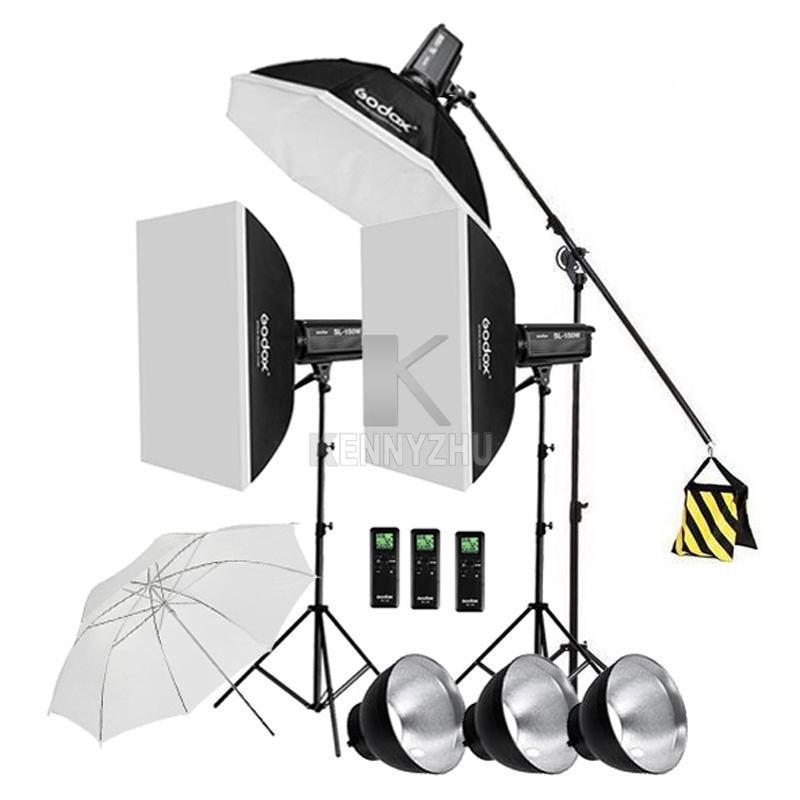 3x Godox Illuminazione continua SL-200W CRI93 + 16 canali 5600K 200W Kit luce video a LED + 120 cm Octa Softbox + 2.8m Stand + Braccio braccio