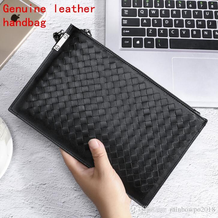 Factory own brand mens bag hand-woven fashion leather hand bag the first layer of leather business envelope bag trend leather weaving storag