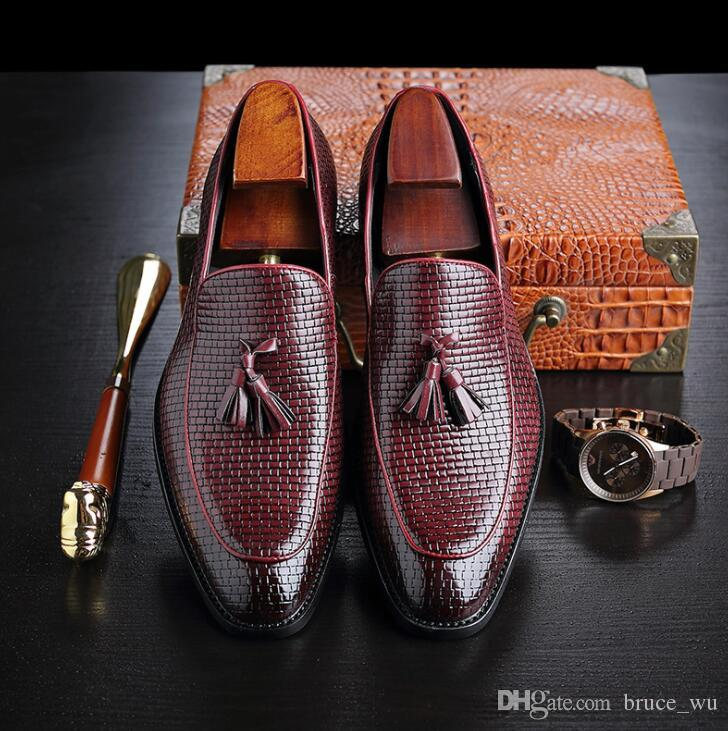 Hommes Top Qualité Oxfords Mâle PU Cuir Chaussures Formelles Hommes Glands Appartements Business Casual Chaussures De Grande Taille