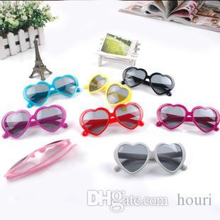 Sonnenbrille des Strandes 20PCS Herz-förmige Sonnenbrille Strand-Sonnenbrille der Frauen Sonnenbrille-Art und Weisemens-Sonnegläser Herzgläser 100% UVschutz Sonnenbrille