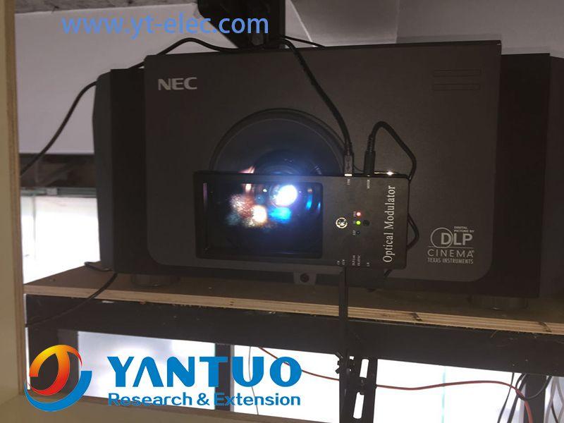 sistema de RealD ZScreen passiva Polarização 3D para cinema digital profissional com o uso de plástico barato passivos circulares Óculos 3D polarizados