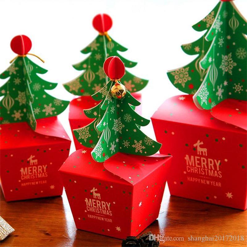 Emballage de sapin de Noël avec des cloches et de la corde Emballage de Noël pratique Transporter un sac de biscuits