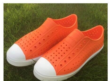 Donne Native Jefferson Shoes Sandals 2017 Fashion Lovers Hole Shoe Scarpe piatte Casual Native Summer Shoes taglia 35-44