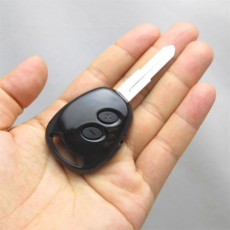 8G Car chave Voice Recorder + MP3 / suporte de energia mais de 20 horas de trabalho / 192KBPS / monitor / tempo como o nome do arquivo / baixa sensibilidade de gravação