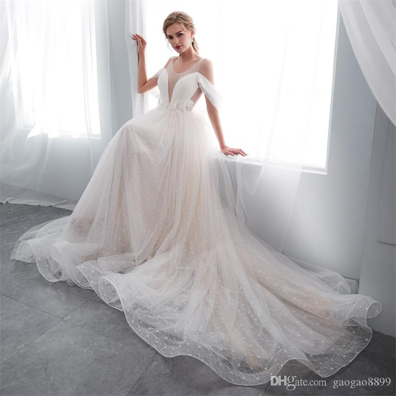 2019 Vintage lace Beach Wedding Dresses Backless lace up corset Scoop Long feather off shoulder sleeve Bridal Gowns Sexy Tulle Wedding Dress