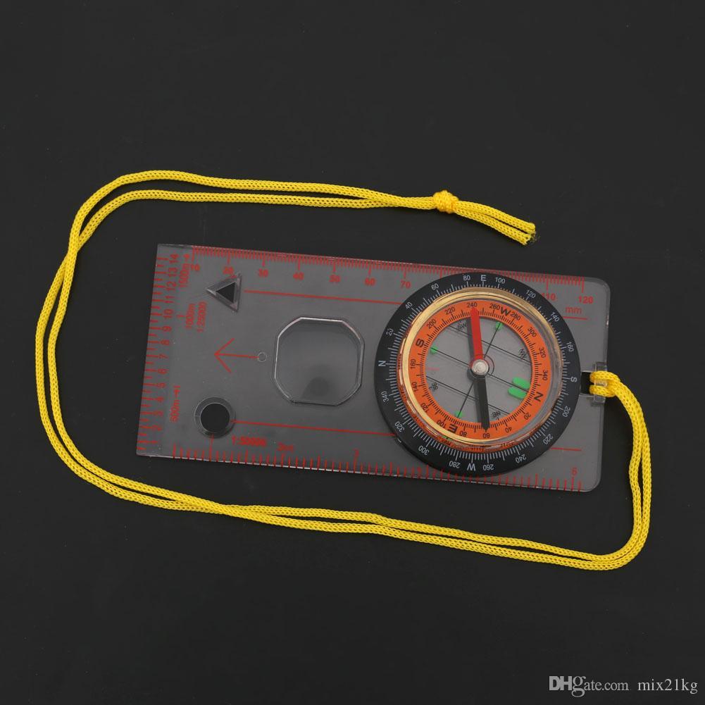 Mini bussola esterna multifunzionale portatile che traccia la bussola che fa un escursione la bussola
