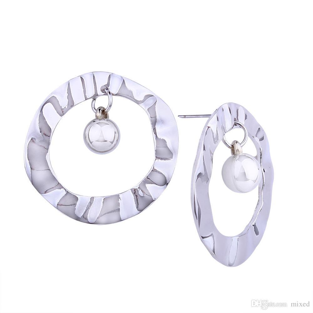 골드 컬러 진술 귀걸이 2018 공 빅 서클 기하학적 스터드 귀걸이 여성을위한 현대적인 디자인의 펑크 쥬얼리