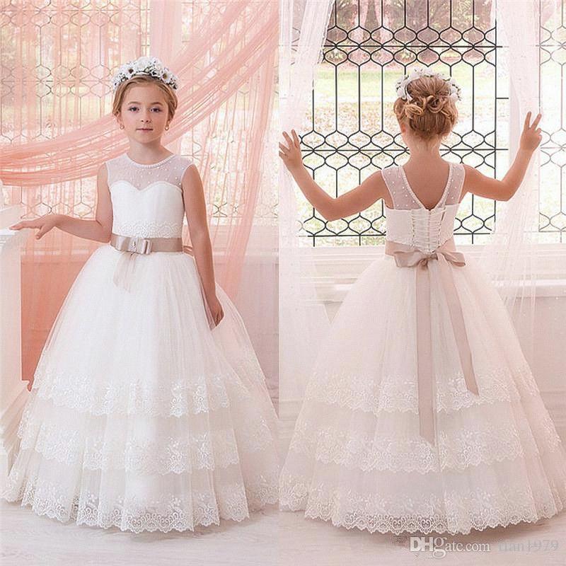 Vestidos de meninas de flor para casamentos com laço Appliqued arco Sash Vestidos de aniversário de tutu linda comunhão para meninas