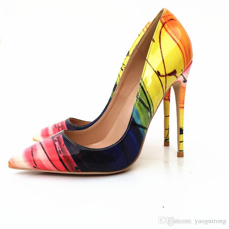 Euramerican nuevas rayas amarillas zapatos de tacón alto de laca moda atractiva de la cabeza puntiaguda solo zapato tamaño del zapato informal 33-45