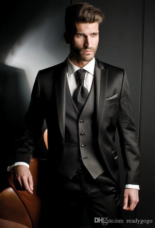 사용자 정의 만든 Balck Peaked 옷깃 신랑 턱시도 세 조각 (자켓 + 조끼 + 바지) 남자 결혼식 정장 공식 망 비즈니스 파티에 대 한 공식 망 정식 정장