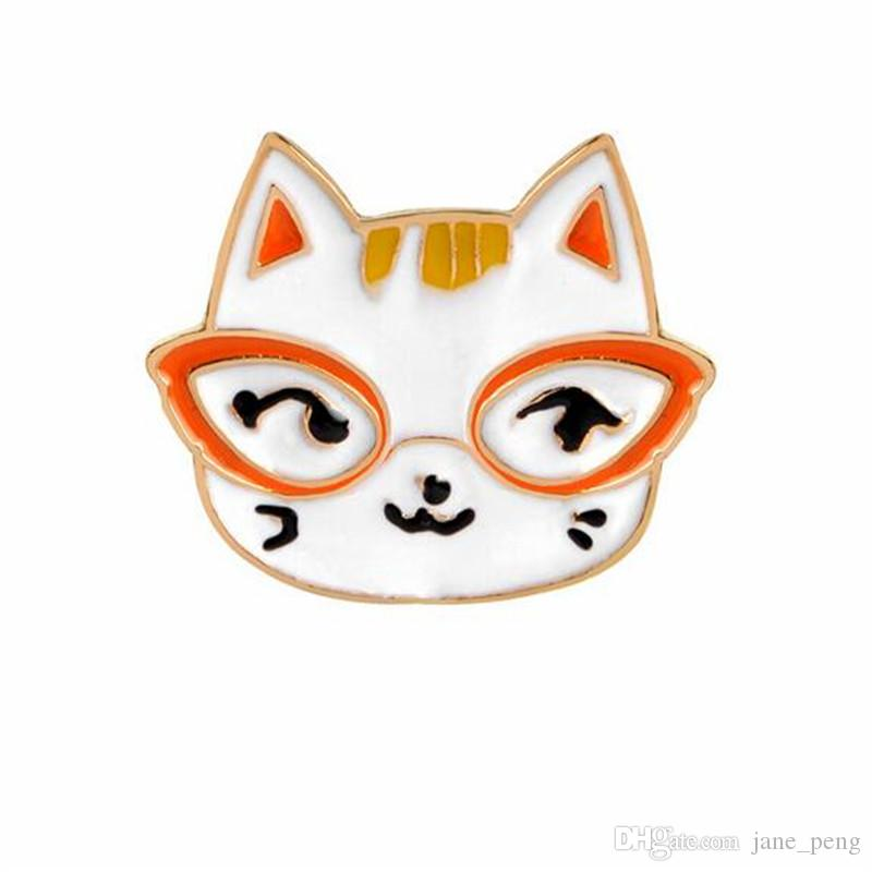 Cute Animal Cat Small Size Hard Enamel Brooches Pins Lapel Pins For Boy Girl Men Women Clothes Backpack Hat Jacket Badge Wholesale Fashion