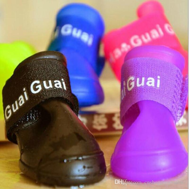 CW008 Waterproof Dog's Shoes, 4pcs / set Colorful Pet Shoes, Lovely Portable Pet Boots Anti Slip Skid Zapatos de lluvia Tamaño S M L