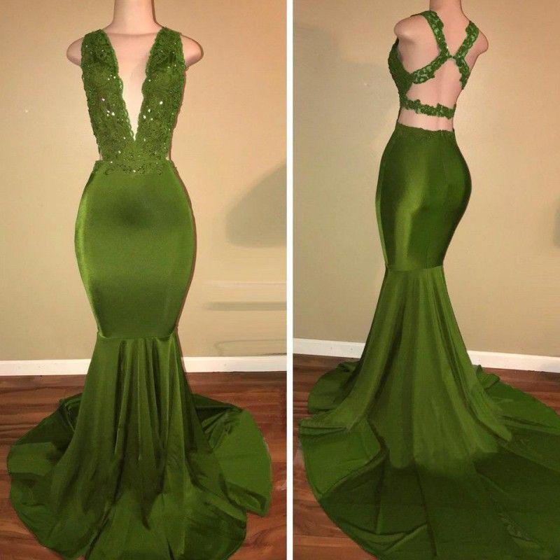 Atrakcyjny Criss Cross Prom Dresses Sexy Głębokie Veck Aplikacja Zroszony Mermaid Sweep Party Dress Stylish Green Bez Rękawów Sukienka