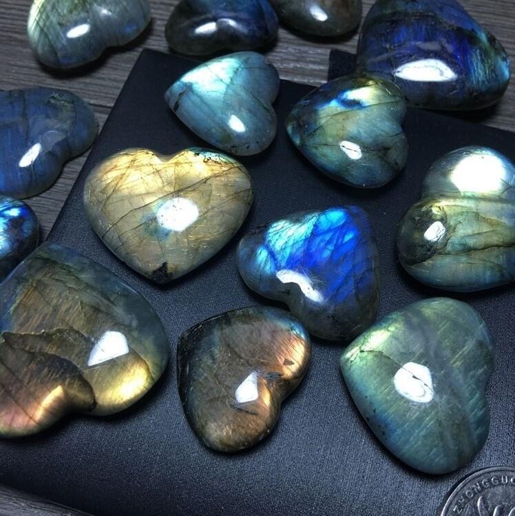 New natural labrador stone heart shape crystal natural feldspar polishing rolling crafts for wedding supplies fast shipment